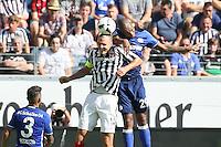 Alexander Meier (Eintracht Frankfurt) gegen Naldo (FC Schalke 04) - 27.08.2016: Eintracht Frankfurt vs. FC Schalke 04, Commerzbank Arena