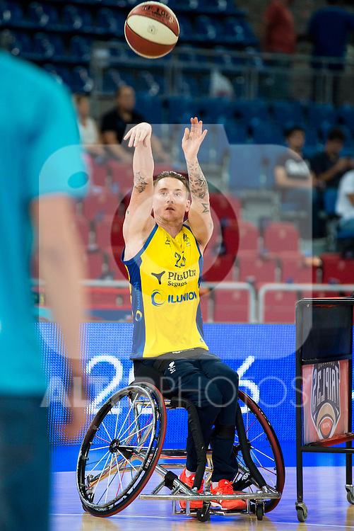 Fundosa ONCE's player Terry Bywater during the 3 shot contest of Supercopa of Liga Endesa Madrid. September 24, Spain. 2016. (ALTERPHOTOS/BorjaB.Hojas)