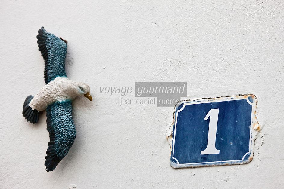 Europe/France/Poitou-Charentes/17/Charente-Maritime/Ile de Ré/Les Portes-en-Ré: Détail décoration d'une maison