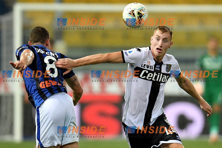 Robin Gosens of Atalanta BC and Dejan Kulusevski of Parma compete for the ball during the Serie A football match between Parma Calcio and Atalanta BC at Ennio Tardini stadium in Parma (Italy), July 28th, 2020. Play resumes behind closed doors following the outbreak of the coronavirus disease. Photo Andrea Staccioli / Insidefoto