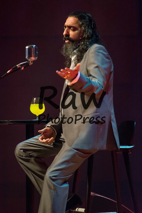 Diego El Cigala ha actuado por primera vez en Malmo.<br /> <br /> Oct. 28, 2015 - Malmo, Sweden - Diego el Cigala (6) Diego el Cigala, the famous flamenco singer sings during his first ever concert in Malmo.