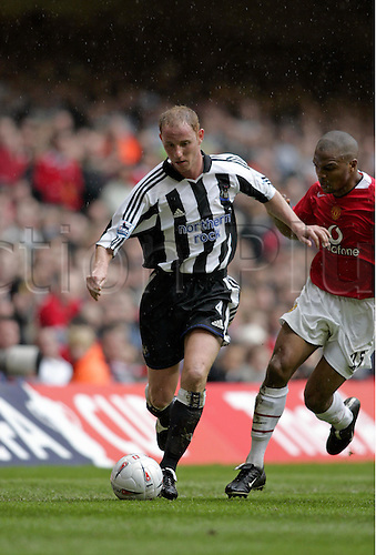 17 April 2005: Newcastle United midfielder Nicky Butt with the ball during the FA Cup Semi Final between Man Utd and Newcastle United. Manchester United won the game 4-1 played at The Millennium Stadium, Cardiff. Photo: Neil Tingle/actionplus...050417 football soccer player