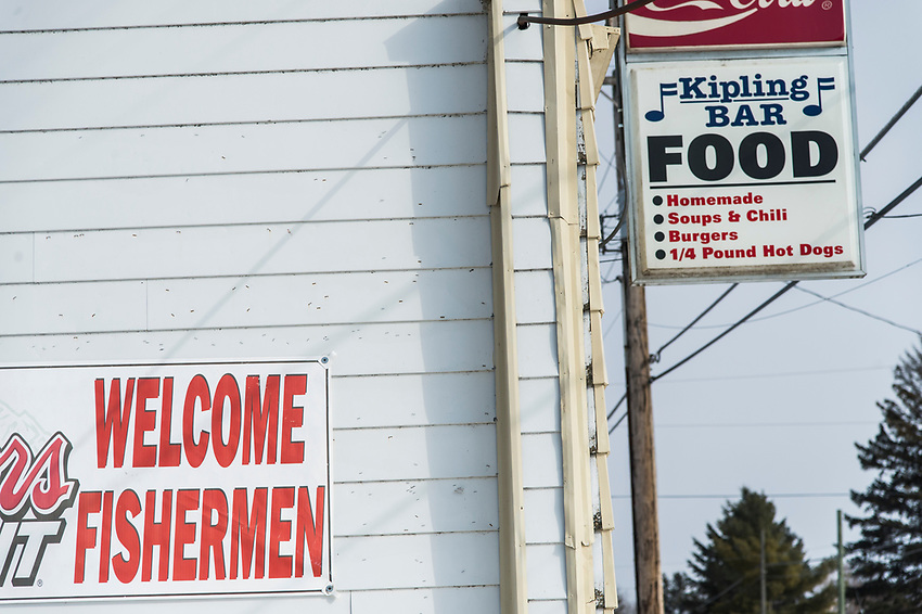 The Kipling Bar on Little Bay de Noc welcomes fishermen to the Gladstone, Michigan area.