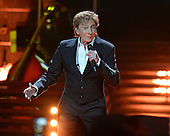 BARRY MANILOW (2016)
