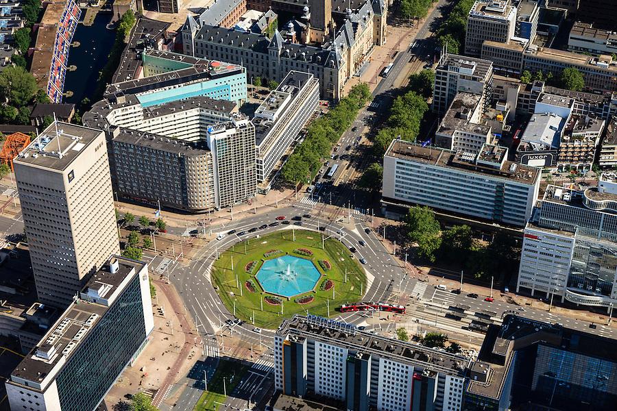 Nederland, Zuid-Holland, Rotterdam, 15-07-2012; Binnenstad, Hofplein met fontein. Kruising Weena, Coolsingel met stadhuis, het Hilton Hotel, woontoren Pompenburg,  Schiekade..The center of Rotterdam, city hall (t,l), Hofplein, Coolsingel the Hilton Hotel (m,r)..luchtfoto (toeslag), aerial photo (additional fee required).foto/photo Siebe Swart