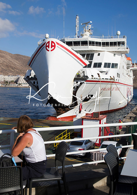 ABAMA GOLF - Ferry naar La Gomera COPYRIGHT KOEN SUYK
