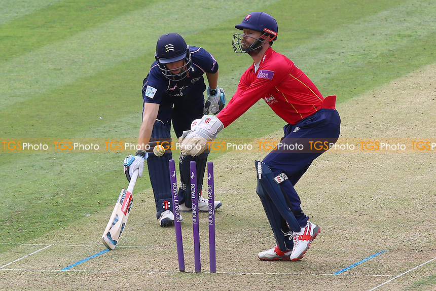 James Foster of Essex goes close to completing the run out of John Simpson during Middlesex vs Essex Eagles, Royal London One-Day Cup Cricket at Lord's Cricket Ground on 31st July 2016