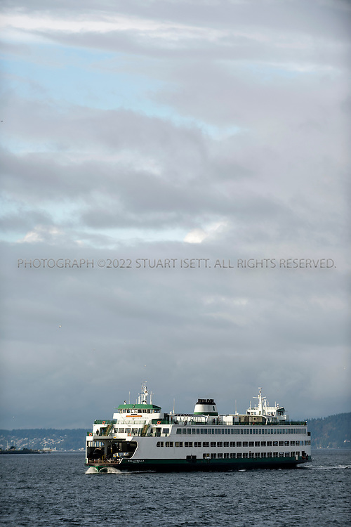 10/21/2014&mdash;Bainbridge to Seattle Ferry, Puget Sound, WA, USA<br /> <br /> A Bainbridge to Seattle ferry arrives in Seattle during the morning rush hour.<br /> <br /> CREDIT: Stuart Isett for the Wall Street Journal<br /> <br /> FIXSPACE_Ferry<br /> <br /> <br /> &copy;2014 Stuart Isett. All rights reserved.