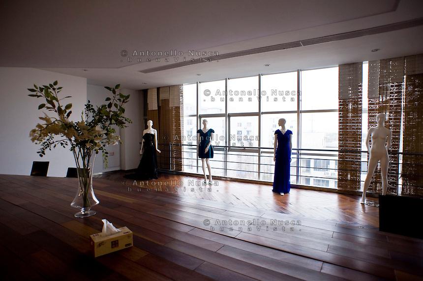 La sala conferenza di una fabbrica di seta.<br /> A conference room in a silk factory