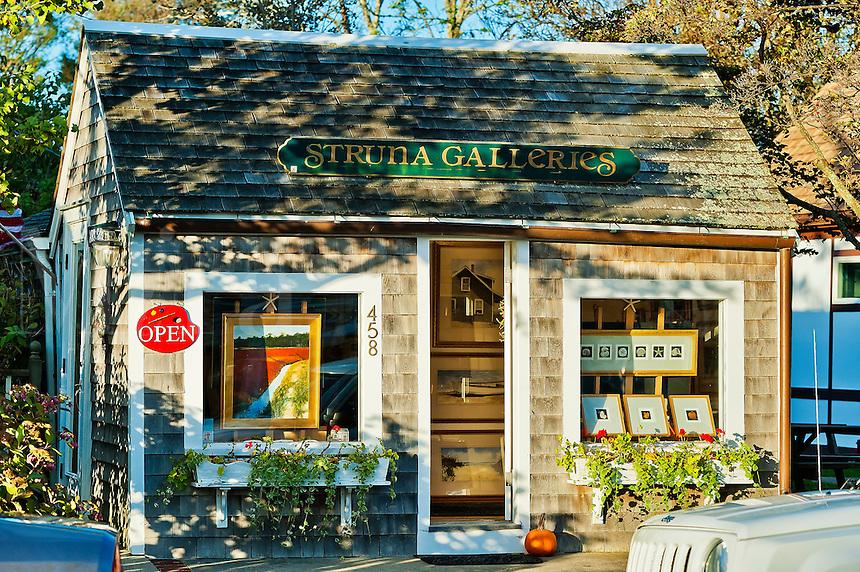Art gallery, Chatham, Cape Cod, Massachusetts, USA