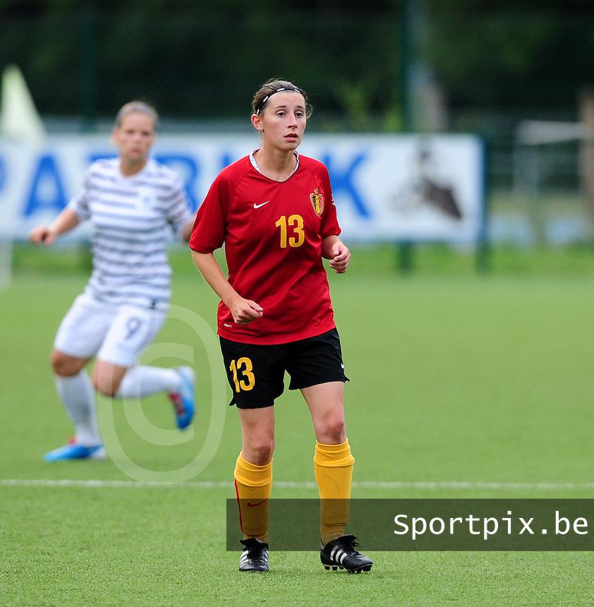 Vriendschappelijke interland vrouwenvoetbal : Belgium A - France A te Nieuwpoort ;..Lies Van Hamme..foto DAVID CATRY / Vrouwenteam.be