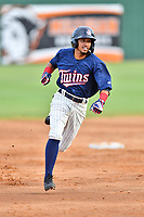 Elizabethton Twins Ruben Santana (5) runs to third base during a game against the Kingsport Mets at Joe O'Brien Field on July 6, 2019 in Elizabethton, Tennessee. The Twins defeated the Mets 5-3. (Tony Farlow/Four Seam Images)