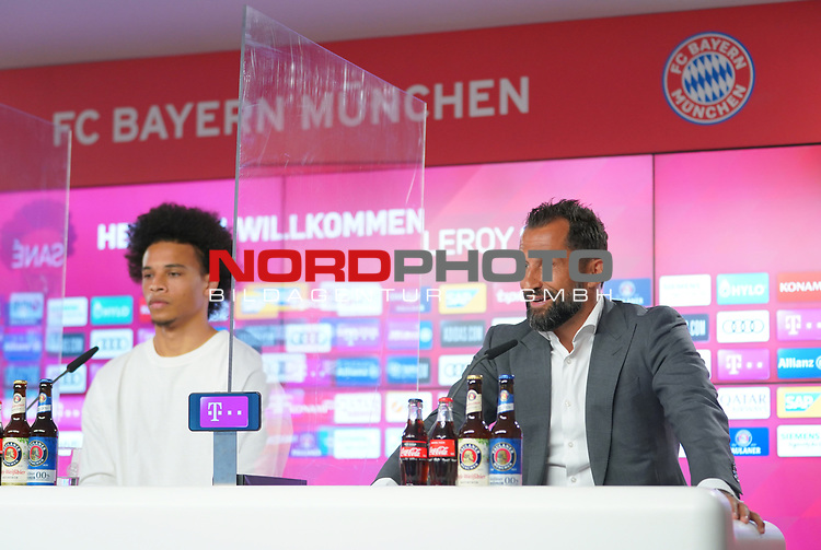 23.07.2020, nph001 Fussball 1.Bundesliga, FC Bayern Muenchen - Neuvorstellung Leroy Sane emspor (Leroy Aziz San) <br /> <br /> <br /> <br />  im Bild<br /> <br /> Leroy Sane und  Hasan Salihamidzic FC Bayern zum Sportvorstand FC Bayern<br /> <br /> <br /> Foto: FC Bayern Muenchen/Pool/ via nordphoto