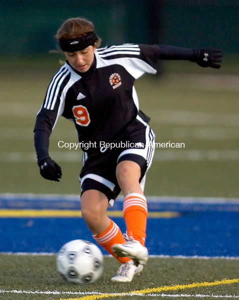 WATERBURY, CT- 07 OCTOBER 2008 --100708JS07--Watertown's Jessica Spezzano (9) controls the ball in the corner during their 2-0 win over Holy Cross Tuesday at Municipal Stadium in Waterbury. FOR ACTION PERSON<br /> Jim Shannon / Republican-American