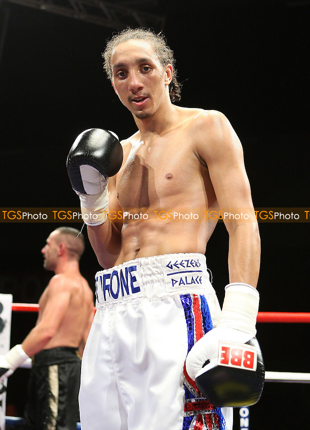 Tyrone Nurse (white shorts) defeats Daniel Thorpe in a Light-Welterweight Boxing contest at the Brentwood International Centre, promoted by Maloney Promotions - 11/09/09 - MANDATORY CREDIT: Gavin Ellis/TGSPHOTO - Self billing applies where appropriate - Tel: 0845 094 6026