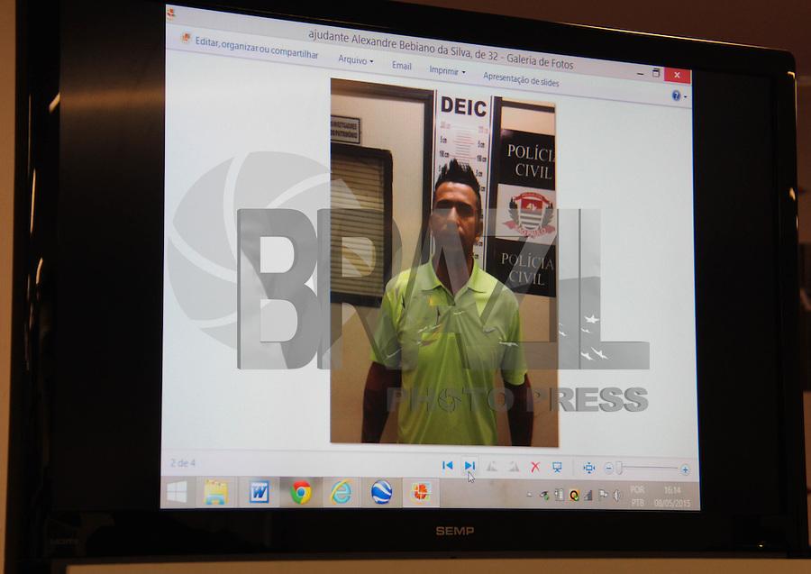 suspeito da quadrilha de roubo da caixas eletrônicos no aeroporto de Guarulhos apresentado no Deic na região norte da cidade de São Paulo nesta sexta-feira, 08( Foto Marcio Ribeiro / Brazil Photo Press)