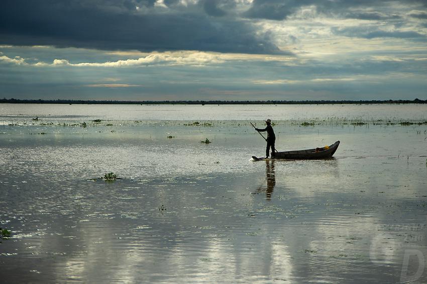 Life on and around the Tonle Sap Lake Cambodia