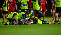 Harlequins' Paul Lasike receives treatment<br /> <br /> Photographer Bob Bradford/CameraSport<br /> <br /> Gallagher Premiership - Harlequins v Saracens - Saturday 6th October 2018 - Twickenham Stoop - London<br /> <br /> World Copyright &copy; 2018 CameraSport. All rights reserved. 43 Linden Ave. Countesthorpe. Leicester. England. LE8 5PG - Tel: +44 (0) 116 277 4147 - admin@camerasport.com - www.camerasport.com