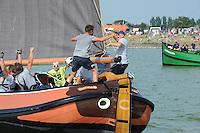 ZEILEN: STAVOREN: 26-07-2014, SKS skûtsjesilen, skûtsje Drachten schipper Jeroen Pietersma, ©foto Martin de Jong