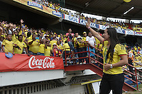 BARRANQUILLA - COLOMBIA -01-09-2016:   Mariana Pajon,  Medallista Olímpico de Colombia greet the public prior  partido entre Colombia y Venezuela de la fecha 7 para la clasificación a la Copa Mundial de la FIFA Rusia 2018 jugado en el estadio Metropolitano Roberto Melendez en Barranquilla./  Mariana Pajon, Olympic medalist of Colombia greet the public prior  the match between Colombia and Venezuela of the date 7 for the qualifier to FIFA World Cup Russia 2018 played at Metropolitan stadium Roberto Melendez in Barranquilla. Photo: VizzorImage / Gabriel Aponte / Cont
