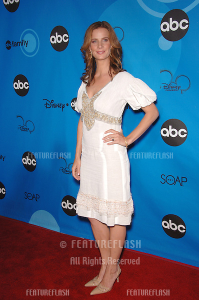 Brothers and Sisters star RACHEL GRIFFITHS at the Disney ABC TV All Star Party at Kidspace in Pasadena..July 19, 2006  Pasadena, CA.© 2006 Paul Smith / Featureflash