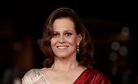 L'attrice statunitense Sigourney Weaver posa sul red carpet del Festival Internazionale del Film di Roma, 24 ottobre 2018.<br /> US actress Sigourney Weaver poses on the red carpet during the international Rome Film Festival at Rome's Auditorium, on October 24, 2018.<br /> UPDATE IMAGES PRESS/Isabella Bonotto