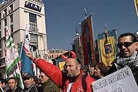 Roma, 11 Marzo 2005.Manifestazione nazionale dei lavoratori Fiat e dell'indotto per chiedere al Governo il rilancio del settore automobilistico..Rome, 11 March 2005.National demonstration of Fiat workers and industries to ask the Government the revival of the automotive sector