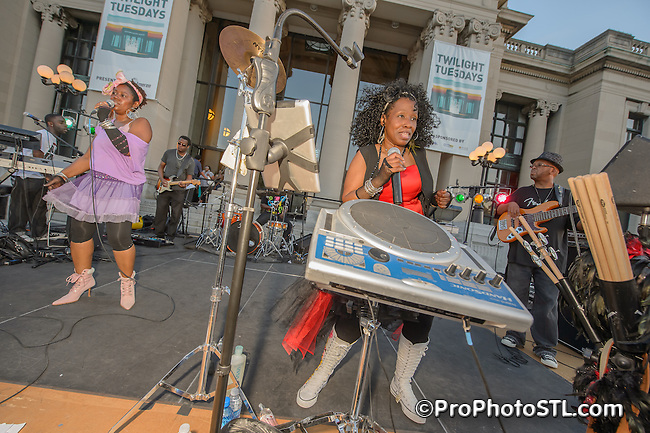 Honey Vox band in Twilight Tuesdays concert at Missouri History Museum in St. Louis, MO on May 15, 2012.