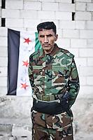 SYRIA: Abu Issa, the commander of the brigade ASL Thuwwarr ar-Raqqah in Kobane. <br /> <br /> SYRIA: Abu Issa, commandant de la brigade de l'ASL Thuwwarr ar-Raqqah à Kobane.