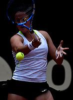 BOGOTÁ-COLOMBIA, 11-04-2019: Lara Arruabarrena de España, devuelve la bola a Jasmine Paolini de Italia, durante partido por el Claro Colsanitas WTA, que se realiza en el Carmel Club en la ciudad de Bogotá. / Lara Arruabarrena of Spain, returns the ball against Jasmine Paolini of Italy, during a match for the WTA Claro Colsanitas, which takes place at Carmel Club in Bogota city. / Photo: VizzorImage / Luis Ramírez / Staff.
