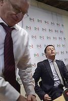 Roma, 9 Dicembre 2013<br />Sede Nazionale del Partito Democratico.<br />Il segretario uscente del PD Guglielmo Epifani e il nuovo segretario Matteo Renzi incontrano la stampa