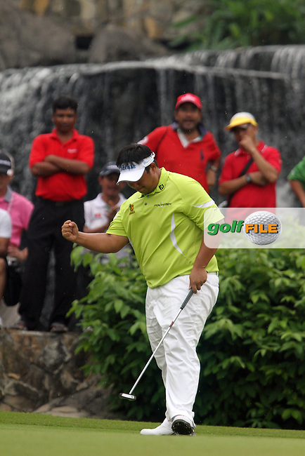 Kiradech Aphibarnrat (THA) on the 17th during the resumed Round 3 of the 2013 Maybank Malaysian Open, Kuala Lumpur Golf and Country Club, Kuala Lumpur, Malaysia 24/3/13...(Photo Jenny Matthews/www.golffile.ie)