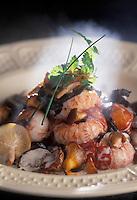 Gastronomie générale / Cuisine générale :  Ecrevisses et leur fricassée de champignons