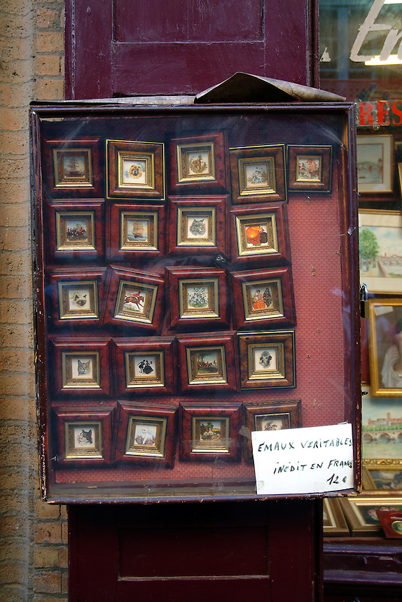 Frames for sale on the street in Toulouse, France.