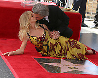 Kurt Russell and Goldie Hawn WOF