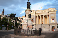 Madrid - Monumento a la Reina Maria Cristina de Borbón