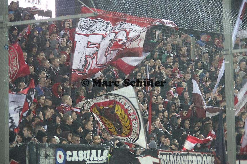 Fans des FCK- FSV Frankfurt vs. 1. FC Kaiserslautern, Frankfurter Volksbank Stadion
