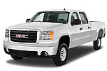Front three quarter view of a 2007 GMC SIerra 2500HD SLE truck