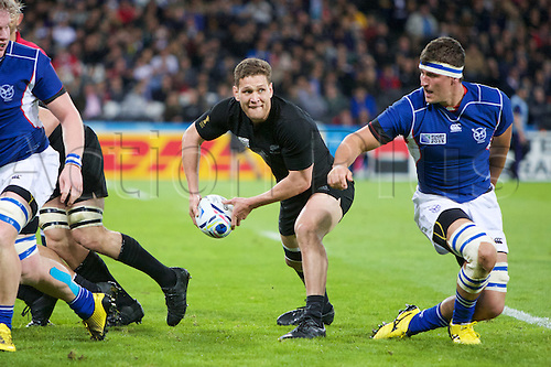 24.09.2015. Olympic Stadium, London, England. Rugby World Cup. New Zealand versus Namibia. New Zealand All Black scrum-half Tawera Kerr-Barlow clears the ball.