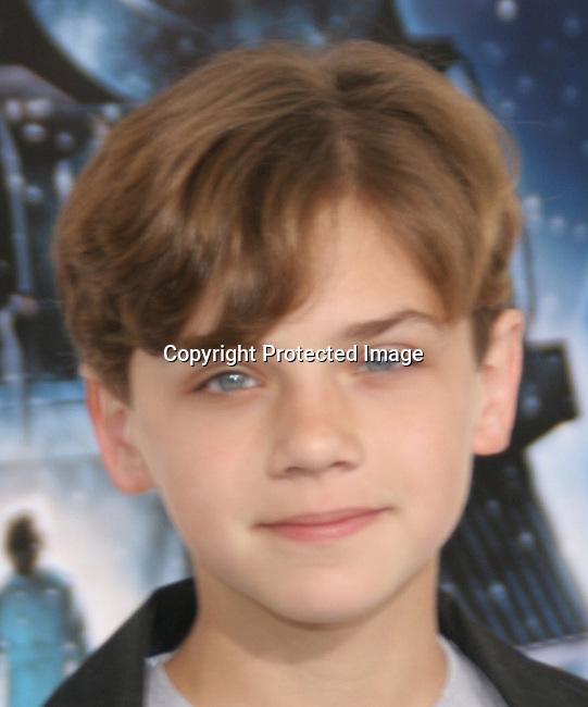 Hayden McFarland<br />&quot;The Polar Express&quot; Los Angeles Premiere - Arrivals<br />Grauman's Chinese Theatre<br />Hollywood, CA, USA<br />Sunday, November 07th, 2004<br />Photo By Celebrityvibe.com/Photovibe.com, <br />New York, USA, Phone 212 410 5354, <br />email: sales@celebrityvibe.com