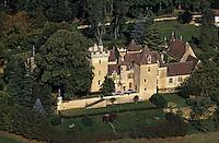Europe/France/Aquitaine/24/Dordogne/Les Bastides du Périgord/Périgord Noir/Env de Belvès: Le Château La Batut Vue aérienne
