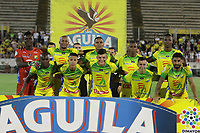 NEIVA - COLOMBIA, 23-09-2018: Jugadores del Huila posan para una foto previo al partido entre Atlético Huila y Atletico Nacional por la fecha 11 de la Liga Águila II 2018 jugado en el estadio Guillermo Plazas Alcid de la ciudad de Neiva. / Players of Huila pose to a photo prior the match between Atletico Huila and Atletico Nacional for the date 11 of the Aguila League II 2018 played at Guillermo Plazas Alcid in Neiva city. VizzorImage / Sergio Reyes / Cont