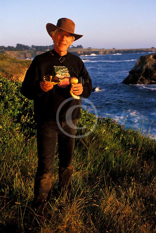 California, Mendocino, Taylor Lockwood, Mushroom photographer