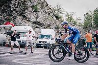 Fabio Sabatini (ITA/Quick-Step Floors) hiding Elia Viviani (ITA/QuickStep Floors) up the final climb to Pratonevoso<br /> <br /> stage 18: Abbiategrasso - Pratonevoso (196km)<br /> 101th Giro d'Italia 2018