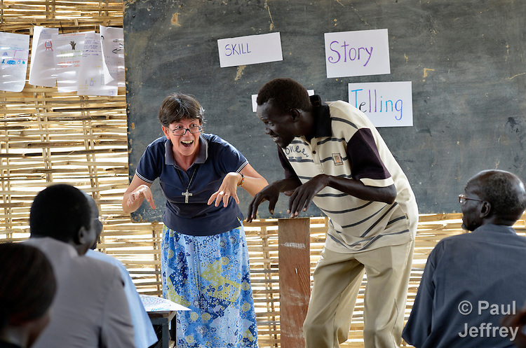Sister Sandra Amado, a Comboni sister from Brazil, teaches a class on story-telling in a teacher training course in Agok, a town in the contested border region of Abyei between Sudan and South Sudan. Sister Amado is a volunteer with Solidarity with South Sudan, an international network of Catholic groups providing training for teachers, health care workers, and pastoral agents in South Sudan. The teachers she is teaching in Agok are among tens of thousands of people displaced in 2011 attacks by soldiers and militias from the northern Republic of Sudan.