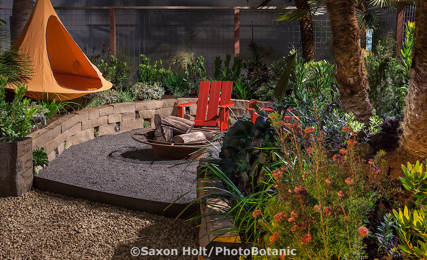 """Antithesis"" - garden design by Richard Radford & Sandy Ayers; San Francisco Flower and Garden Show 2015"