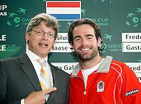 20-9-07, Netherlands, Rotterdam, Daviscup NL-Portugal, Loco burgemeester Lucas Bolsius met Raemon Sluiter