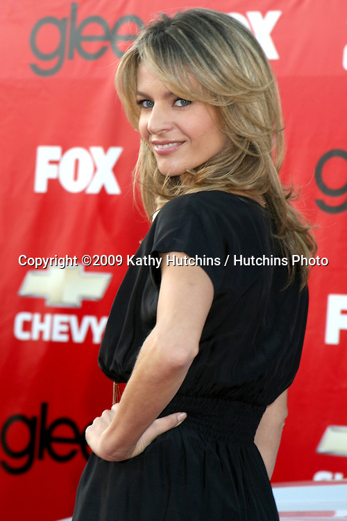 Jessalyn Gilsig arriving at the GLEE Premiere Screening & Post Party in Culver City, CA on September 8, 2009.©2009 Kathy Hutchins / Hutchins Photo.