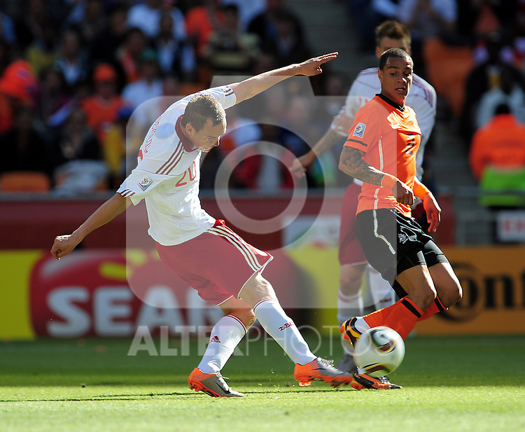 20 Thomas ENEVOLDSEN during the 2010 World Cup Soccer match between Denmark and Nederland played at Soccer City Stadium in Johannesburg South Africa on 14 June 2010.  Photo: Gerhard Steenkamp/Clevia Media. Cell: +27 82 453 2345