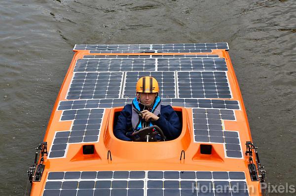 Nederland -  Purmerend - 23 juni  2018.  Solar Sport One race competitie, het wereldkampioenschap Solar Boat racen. Boten die varen op zonne-energie.    Foto Berlinda van Dam Hollandse Hioogte